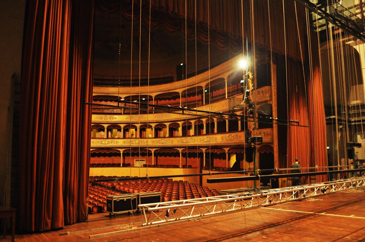 teatro_storchi_3